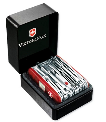 Picture of the large Swiss Army knife Victorinox Swiss Army SwissChamp XAVT.